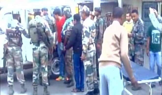 असम में सुरक्षाबलों और ULFA आतंकियों के बीच मुठभेड़, तीन जवान शहीद - India TV