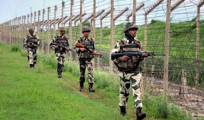 जम्मू और कश्मीर: BSF पर पट्रोलिंग के दौरान हमला, 3 आतंकी मारे गए - India TV