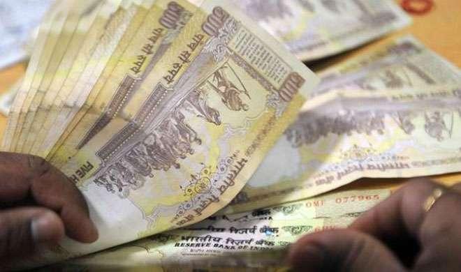 यूपी: कार में पकड़ा एक करोड़ नकद, थाने ही नहीं पहुंची गाड़ी - India TV