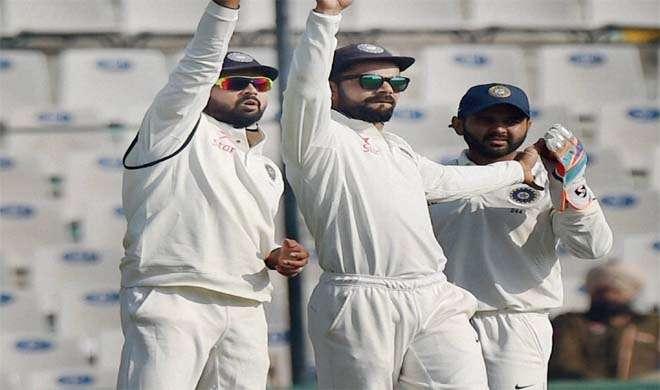 मोहाली टेस्ट: पहले दिन इंग्लैंड ने 8 विकेट खोकर 268 रन बनाए - India TV