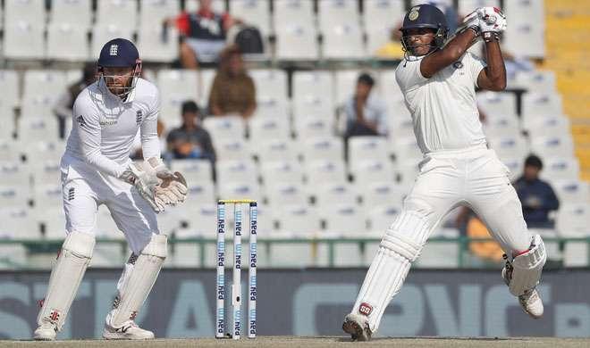 मोहाली टेस्ट: भारत के पहली पारी में 417 रन, जयंत की भी फिफ्टी - India TV