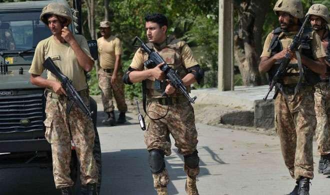 अफगानिस्तान: पाक सेना के शिविर पर हमले में 4 आत्मघाती हमलावर, 2 सैनिकों की मौत - India TV