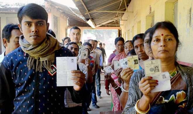 असम उपचुनाव: आज दोपहर तक हुए 30 प्रतिशत मतदान - India TV