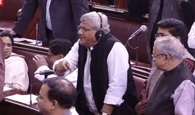 नोटंबदी: संसद में जबर्दस्त हंगामा, सड़क पर बिखरा 'भारत बंद'