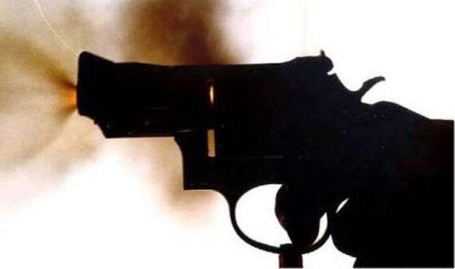 दिल्ली में रोडरेज की घटना में गोली चलाई, कोई हताहत नहीं - India TV
