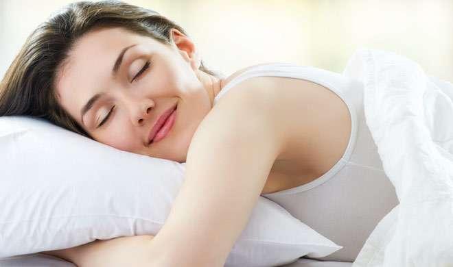 चाहते हैं सुकूनभरी नींद, तो रात के समय करें ये काम - India TV