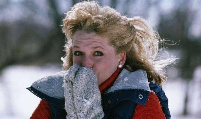 सर्दियों के मौसम में बॉडी को रखना है गर्म, तो करें इनका सेवन - India TV