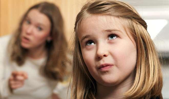 अगर आप बोलते हैं अपने बच्चे से झूठ, तो हो जाएं सावधान - India TV