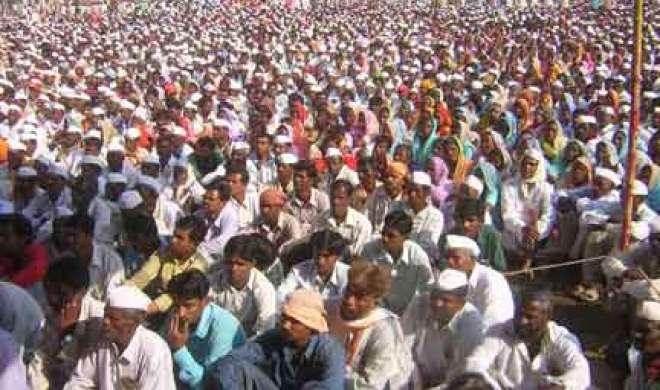 नोटबंदी की परेशानी खत्म करें या इस्तीफा दें मोदी: किसान सभा - India TV