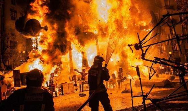विस्फोटक बनाने वाली फैक्ट्री में आग लगने से 10 लोगों की मौत, 15 घायल
