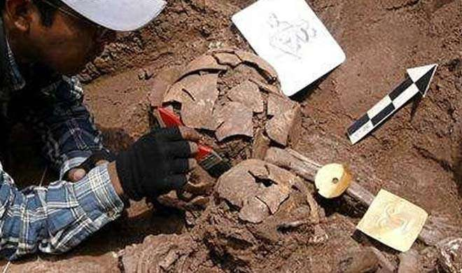 इराक में कंकालों से भरा 2,400 वर्ष पुराना मकबरा मिला - India TV