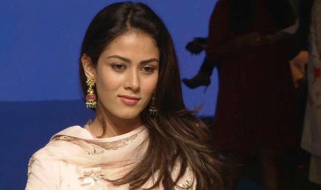 मीरा राजपूत की बैचमेट ने किया चौंकाने वाला खुलासा, कॉलेज में करती थीं ऐसा काम - India TV
