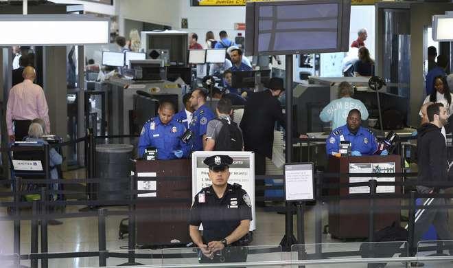 US: पूर्व पुलिस अफसर का दावा, 'नाम' की वजह से एयरपोर्ट पर रोका गया