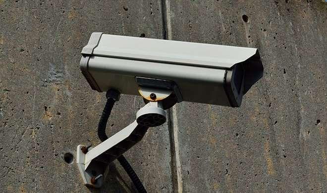 चीन: टॉइलट पेपर की चोरी को रोकने के लिए लगवाए गए कैमरे
