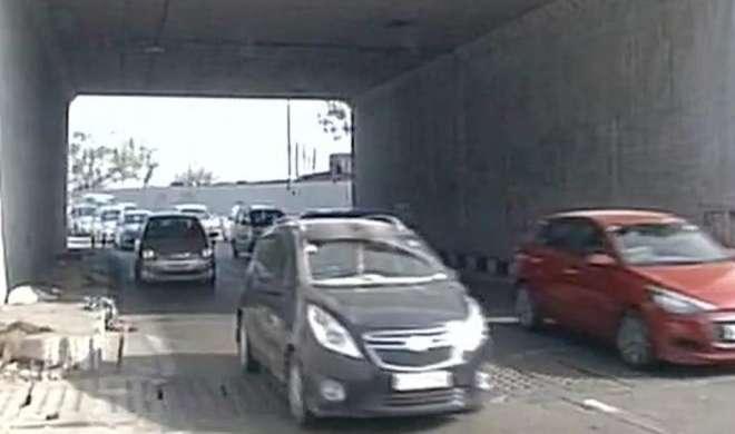 दिल्ली में DPS स्टूडेंट की तेज रफ्तार कार ने 4 लोगों को कुचला, 1 मरा - India TV