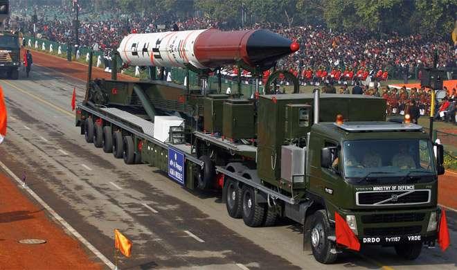 हार से बौखलाए पाकिस्तान का झूठ, कहा भारत के पास '2600 परमाणु हथियार'
