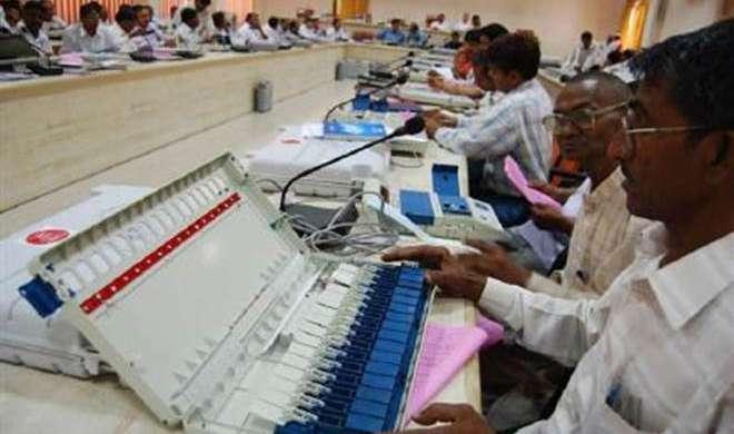 चुनाव आयोग आज देगा EVM टैंपर करने का ओपन चैलेंज - India TV