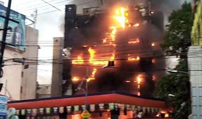 पटना के मॉल में लगी आग, करोड़ों के नुकसान की आशंका - India TV