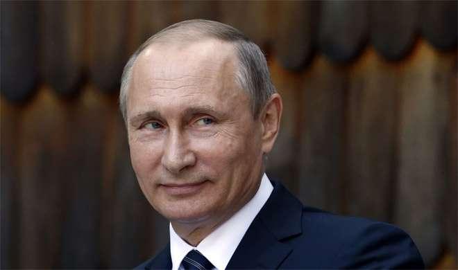 पुतिन ने मैक्रों से कहा, मतभेद भुलाकर साथ में काम किया जाए