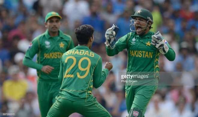 LIVE SCORE India vs Pakistan, Champions Trophy Final: पाकिस्तान भारत को 180 रन से हराकर बना चैंपियन