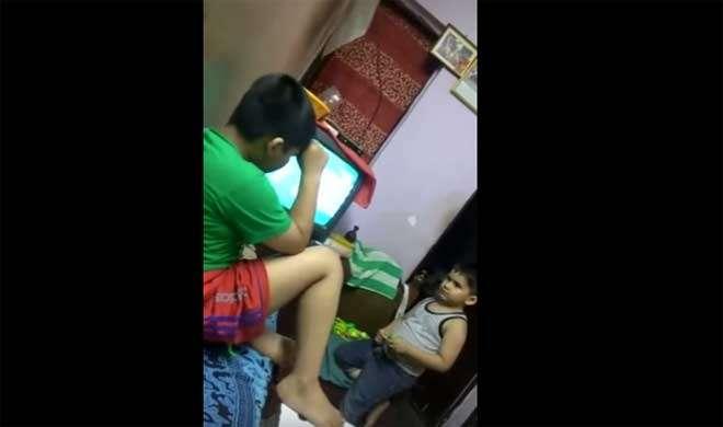 VIDEO: सुबकते बच्चा ने कहा ''कोहली मारेगा जडेजा को'' - India TV