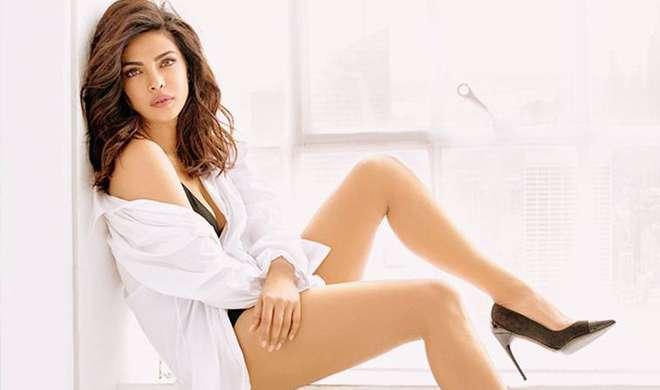 'बेवॉच' के बाद 'इजंट इट रोमांटिक?' नाम की हॉलीवुड फिल्म में नजर आएंगी बॉलीवुड अभिनेत्री प्रियंका चोपड़ा
