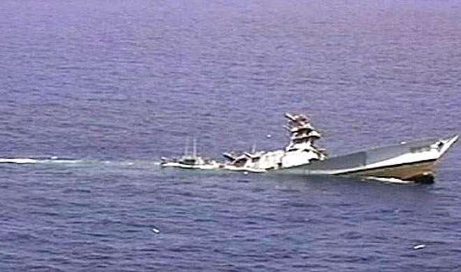 कैमरून का एक सैन्य पोत समुद्र में डूबा, दर्जनों सैनिक लापता
