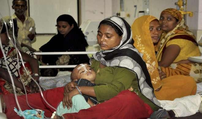 गोरखपुर त्रासदी: हालात पर नजर बनाए हुए हैं PM मोदी, केंद्र ने मांगी यूपी सरकार से रिपोर्ट