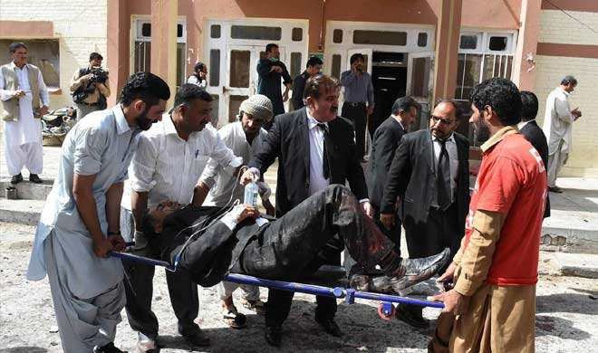 पाकिस्तान: क्वेटा में हुए बम धमाके में 15 की मौत, दो दर्जन से ज्यादा घायल