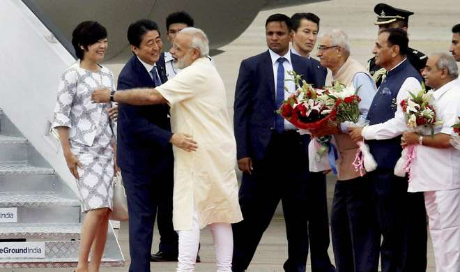 ...तो PM मोदी ने कुछ इस तरह किया शिंजो आबे का स्वागत, पिछले 3 सालों में 10 बार मिल चुके हैं मोदी-आबे