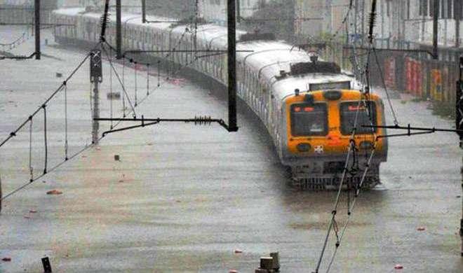 LIVE: मुंबई में भयंकर बारिश की चेतावनी, आज स्कूल और कॉलेजों में छुट्टी की घोषणा