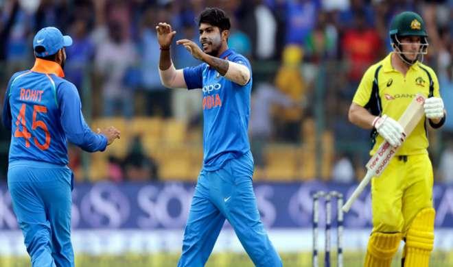 VIDEO: चौथे वनडे में इस भारतीय गेंदबाज ने पूरा किया विकेटों का शतक