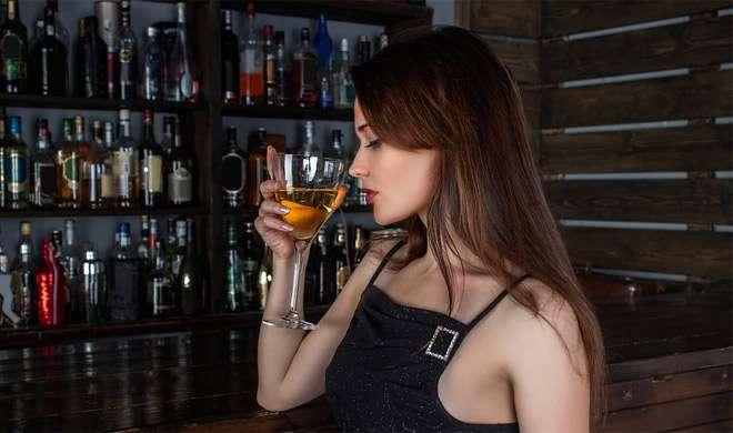 रिसर्च में हुआ खुलासा, इसलिए रात में होती है शराब पीने की तीव्र इच्छा