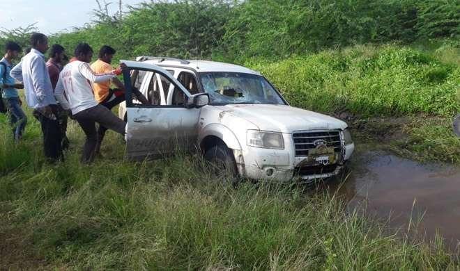 शिवसेना नेता के रिश्तेदार की कार से कुचलकर 2 स्कूली छात्राओं की मौत, एक जख्मी