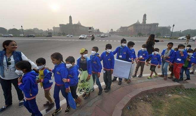 वायु प्रदूषण : दिल्ली-एनसीआर 'इमरजेंसी' से बाहर, बारिश की संभावना