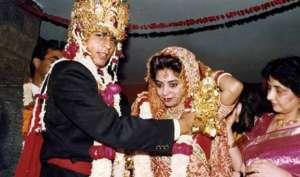 ...जब गौरी को पाने के लिए शाहरुख ने कर दी थीं सारी हदें पार...