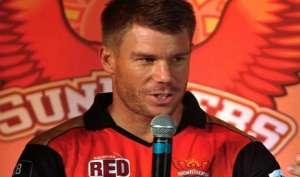 डेविड वार्नर को मिला ऑरेंज कैप, IPL-10 में सबसे ज्यादा रन बनाए