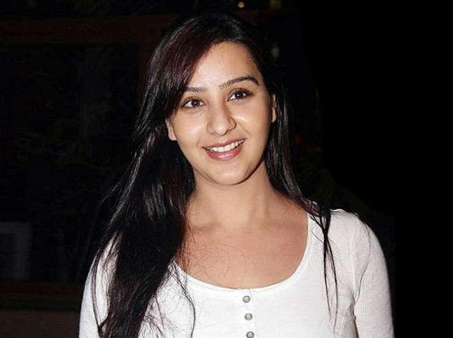 शिल्पा शिंदे ने हाल ही में एक इंटरव्यू के दौरान कहा था कि, मैं भाभी जी घर पर है में अंगूरी का किरदार नहीं करना चाहती थी। लेकिन उन्हें नहीं पता था कि दर्शक उनके इस अंदाज को पसंद करेंगे।