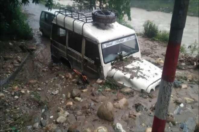 उत्तराखंड: बागेश्वर में उफनाई सरयू नदी ने मचाई तबाही, कपकोट में भी भारी बारिश से कई मकान क्षतिग्रस्त