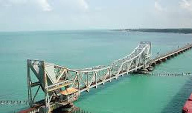 Chennai-Rameswaram Route,india: यह ट्रेन समुद्र से 2,065 मीटर की ऊंचाई पर है। यह ट्रेन रामेशवरम द्वीप तक जाती है।