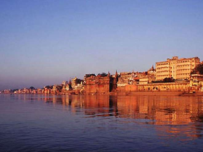भारत की खूबसूरत गंगा नदी ।
