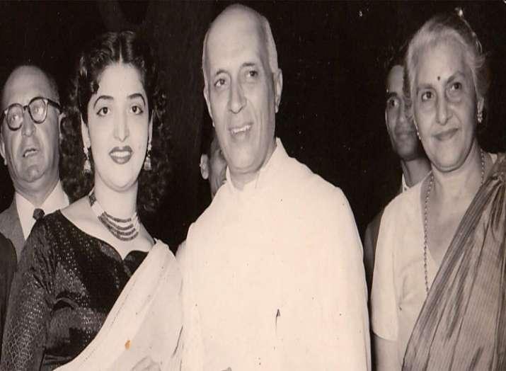 Begum Ali with Pt. Nehru