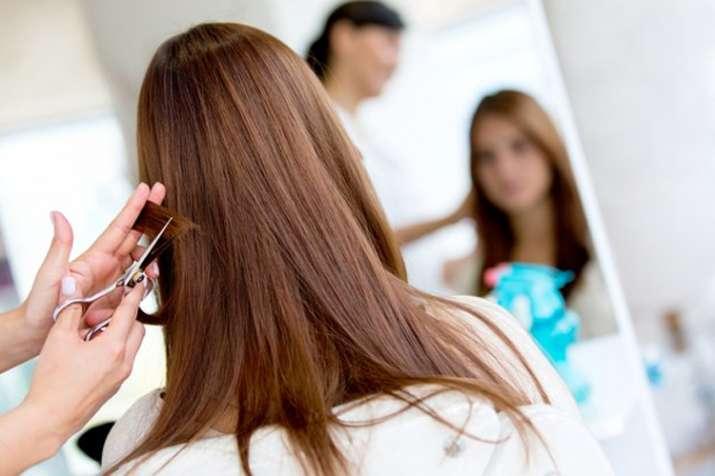 बालोंको समय-समय पर ट्रिमकरें