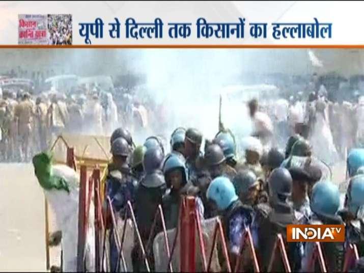 किसानों को रोकने सुरक्षा बल लगाए गए हैं