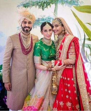 Anand Ahuja, Karishma Kapoor, Sonam Kapoor Ahuja