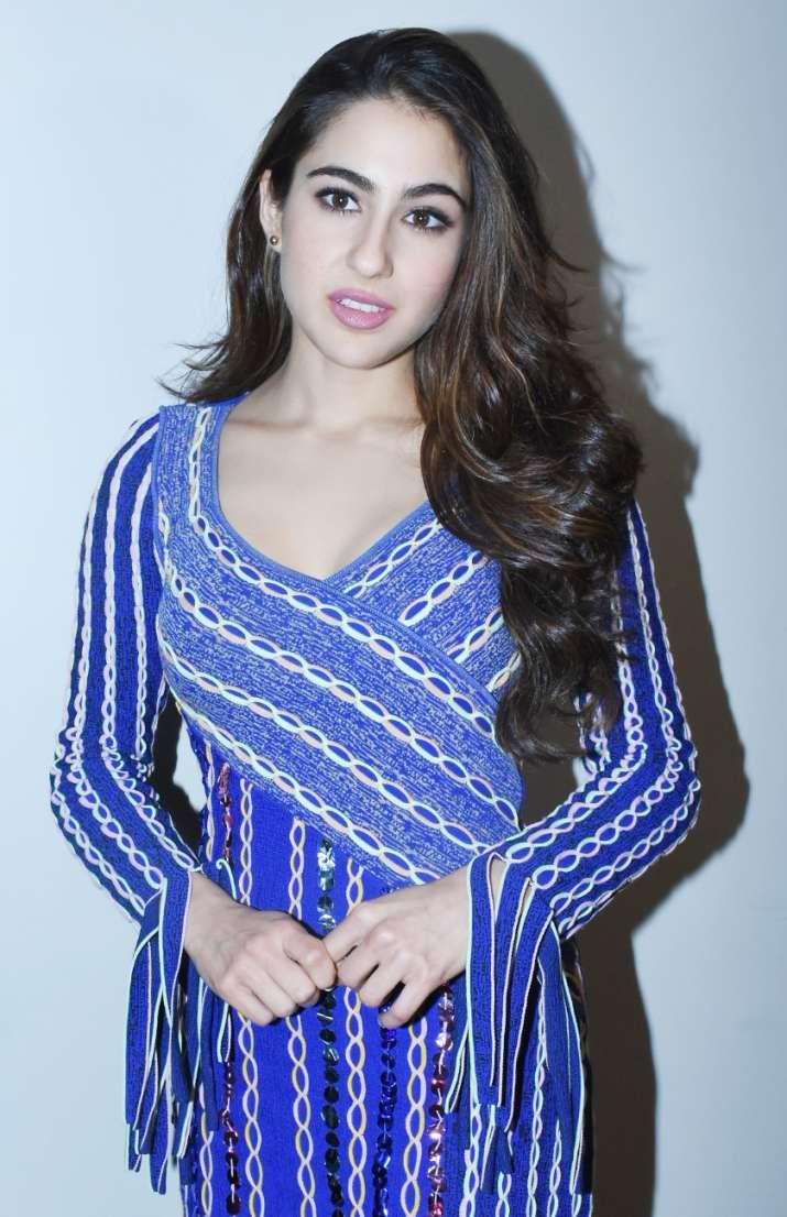 sara ali khan blue dress
