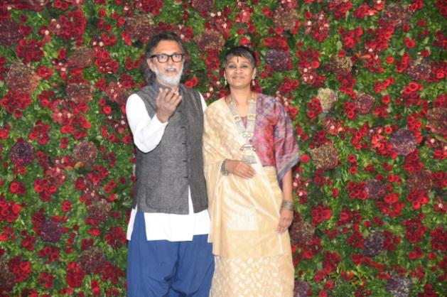 राकेश ओमप्रकाश मेहरा पत्नी के साथ