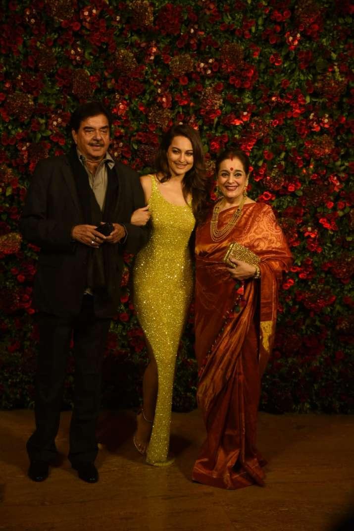 Shatrughan Sinha, Sonakshi Sinha, Poonam Sinha