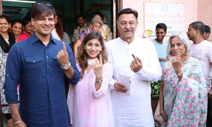 Vivek Oberoi with family