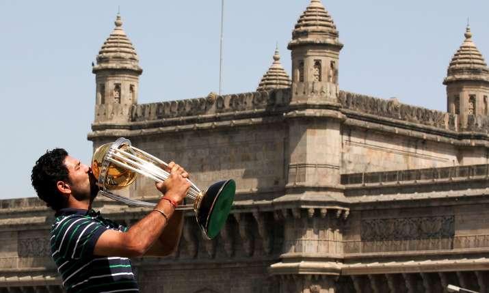 युवराज सिंह बने थे 'प्लेयर ऑफ द टूर्नामेंट'